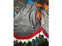 2x shark blankets