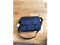 BNWT - Lacoste Bag NH0695SB, Unisex Adult Messenger Bags Blue Study Gym Casual Fully compact