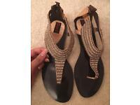 Flat Sandals size 6