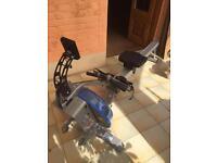 E216 fluid rower, water rowing machine