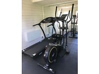 ZR8 REEBOK ELLIPTICAL CROSS TRAINER