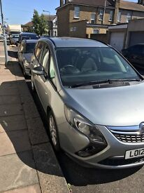 Vauxhall zafira tourer cdti Eco flex stop start 7 seater grey welcome family Uber
