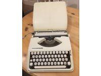 Typewriter portable