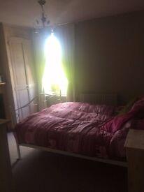 Room to Rent - Rickmansworth - Mon-Fri