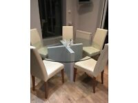 Gorgeous circular dining table