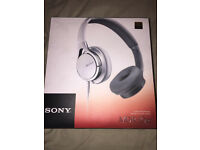 Sony MDR-10RC White On-Ear Headphones in Box