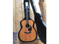 Martin OM21 rosewood with case