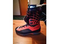 Scarpa Men's Rebel Ultra GTX B3 mountaineering boot (size 45/10.5)