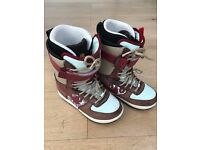 Nike Zoom Force One Women's Snowboard Boots, UK size 5 - £25