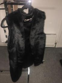 Black fur body warmer size Asian XL