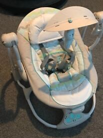 Baby bouncer/swing - ingenuity