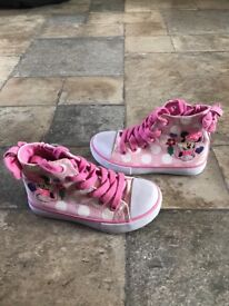 Minnie Mouse girls trainers