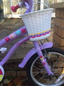 Girls Apollo bike only been used twice. In excellent condition. Bike is for a 7-8 year old girl.