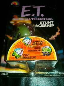 E.T Spaceship Vintage Toy. £15.00.