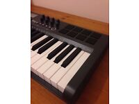 M-Audio Axiom 25 Keyboard USB Midi Controller + box excellent condition
