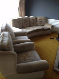 3 Piece Suite in beige with floral motif on cushions