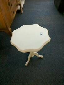 Cream pedestal coffee table #32112 £20