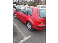 VW GOLF . 1.4 S PETROL. ONE PREVIOUS OWNER. RED . 3 DOORS , NEW MOT AND SERVICE