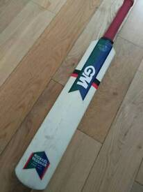 Cricket bat Michael Vaughan