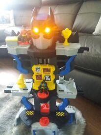 Batman transformer cave imaginext