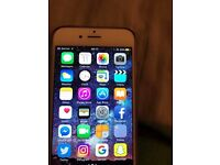 unlocked Iphone 6 16gb in white/silver. (excellent condition)