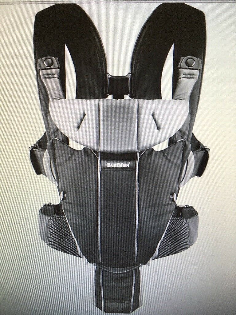 BabyBjorn Miracle Baby Carrier Black/Silver rrp£105