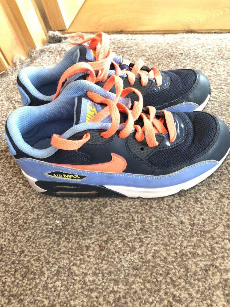 nike air max trainers size 2