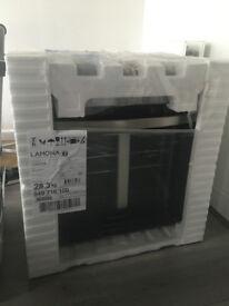 Lamona single conventional oven (Boxed)