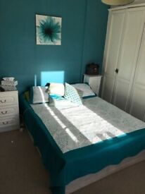 Double Room in Gants Hill to rent/Camera dubla Gants Hill