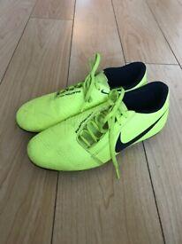 Nike yellow phantoms size 6.5