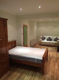Twin Double room in Thornton Heath