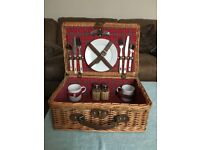 Retro Picnic Basket for 2 - would suit a Classic Car