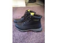 NEW! Dunlop boot