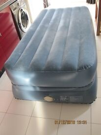 double inflatable high lift airbed