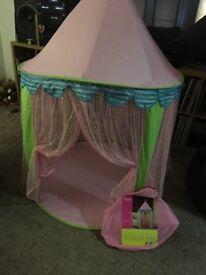 Girls castle Pee Tee Princess Tent