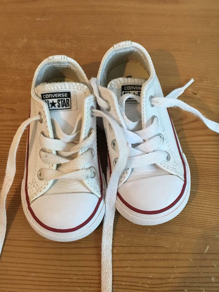 a09099b2dc9d Unisex White Leather Converse Trainers size 6 infant