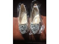 Jewelled shoes size 5