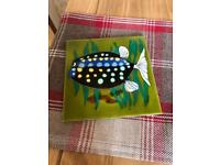 1 decorative fish tile