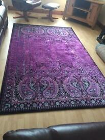 Irugs Cerise patterned mat 8' x 5'