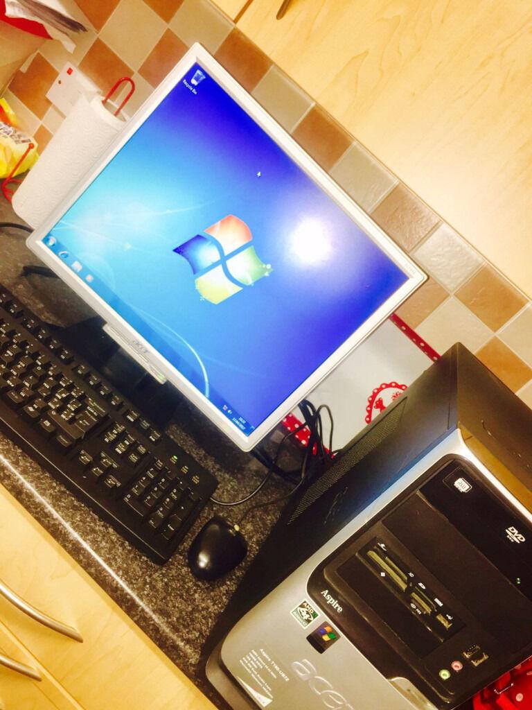 acer aspire T180 desktop pc complete