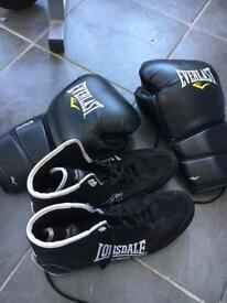 Lonsdale boxing boots & 16oz boxing gloves