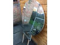Large round folding mirror