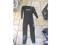 Men's wetsuit (Very good condition)