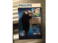 Philips Power Touch Series 3000 PT711 Dry Electric Rechargeable Washable Shaver - Brand New & Sealed