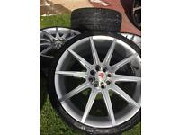 Alloy Wheels 18inch MoMo tyres