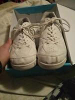 Power cheer shoes women's size 9