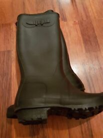 BENETTON BOOTS USE BUT GREAT CONDITION