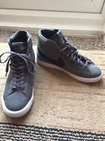 Grey Nike Blazer Unisex Hi-top Trainers - Size 5.5 - Great Condition