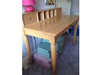 Aspace child's desk and chair made of beechwood