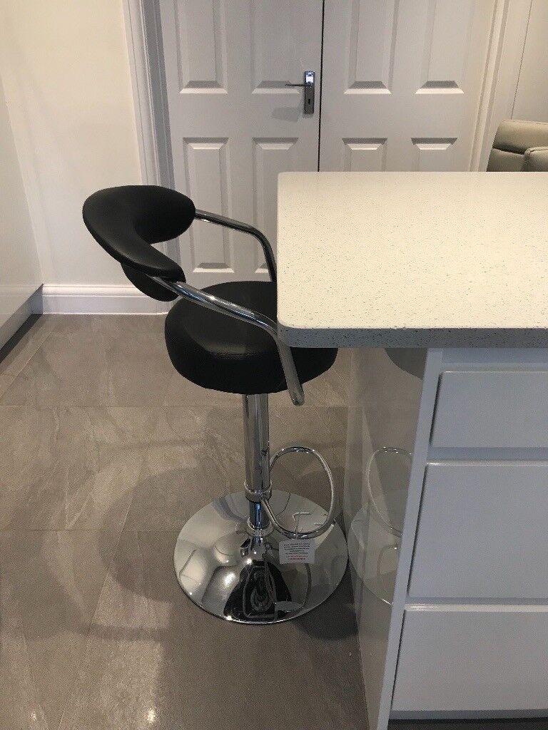 Black/Chrome Kitchen Bar Stool As New!